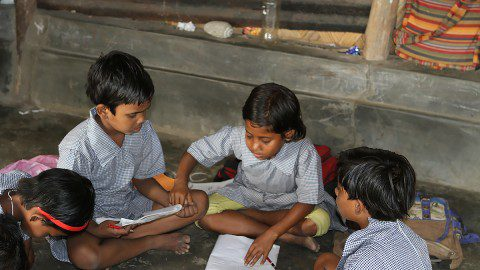 Children in India benefiting from the Barefoot Teachers Training Program in Kolkata.