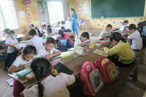 Global-Classrooms-Vietnam-spelling--tests